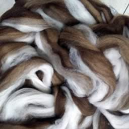 250 Natural Combo Waione Wool Carding